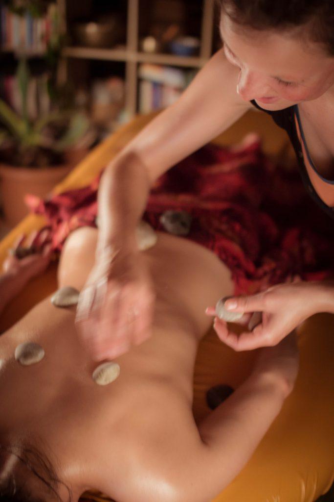 Ili Ili Lomi Lomi Massage Kahuna bodywork